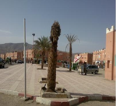 نخبة من الباحثين الجيولوجيين الإسبان يتبادلون خبراتهم العلمية مع نظرائهم المغاربة