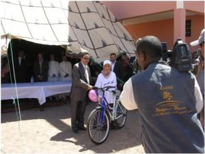 توزيع دراجات هوائية لفائدة التلاميذ