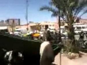 لحظة وصول رجال الأمن لتفريق أهالي الضحايا في خيمة عزاء بزاكورة