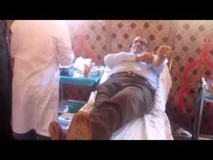 عامل إقليم زاكورة يتبرع بدوره بالدم
