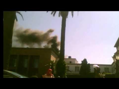 حريق في البرلمان وسط هتافات المعطلين