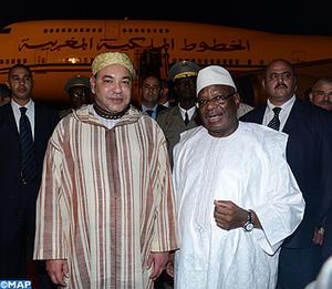 SM le Roi Mohammed VI arrive, mercredi (18/09/13) soir à Bamako, pour prendre part à la cérémonie d'investiture du nouveau Président malien, M. Ibrahim Boubacar Keita