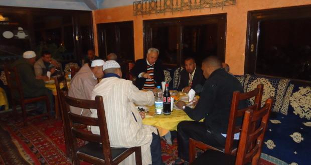 تنغير : الفروع المحلية للحركة الشعبية في لقاء تواصلي حول تأسيس الكتابة الإقليمية للحزب