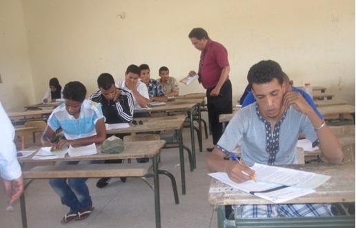 1713 مترشحا(ة)  يجتازون امتحانات الدورة العادية لبكالوريا 2014 بنجاح  بإقليم زاكورة