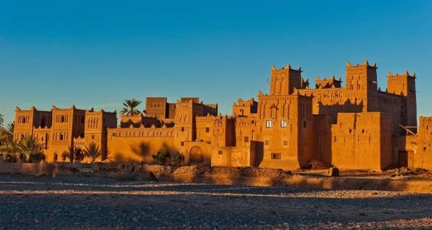 السياحة الصحراوية بواحة سكورة  زخم في المؤهلات و  فقر في البنيات