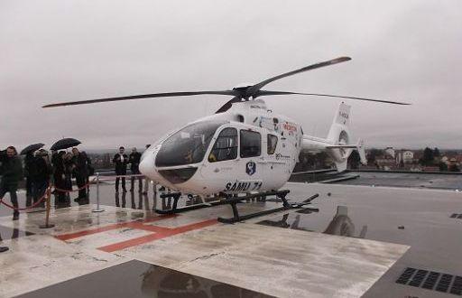 وزارة الصحة تعبئ 500 إطار طبي و300 سيارة إسعاف ومروحية بالجهات المتضررة