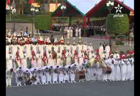 """حفل تقديم التهاني و""""الهدية"""" بداية لزواج الامير مولاي رشيد"""