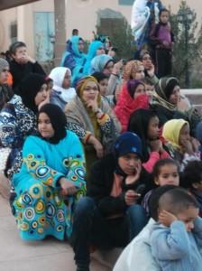 جمعية الفينيق و مسرح الحلقة بمنتزه زاكورة حول زواج القاصرات-3