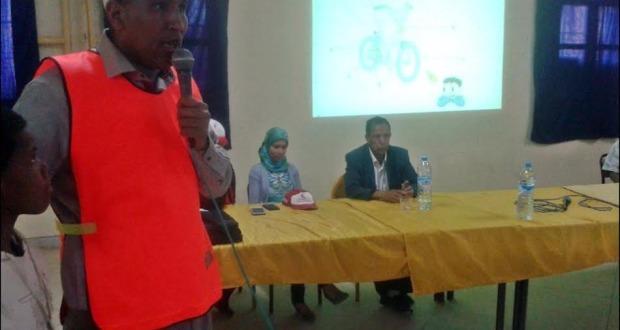 السلامة الطرقية موضوع الحملة التحسيسية للهلال الأحمر المغربي فرع أكدز بثانوية مزكيطة الإعدادية