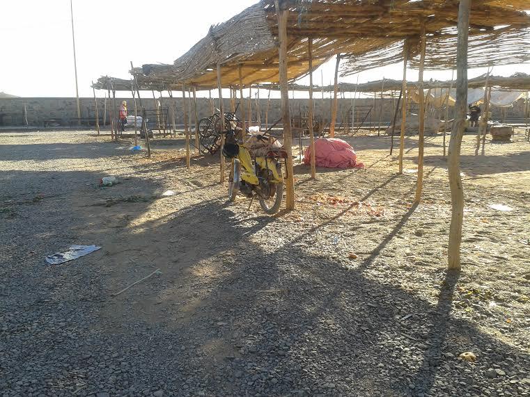 تداعيات تحويل السوق النصف أسبوعي بمدينة زاكورة-3