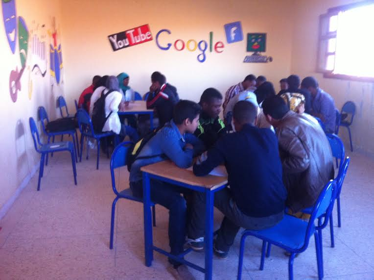 جمعية التربية و التكوين بزاكورة تنظم قافلة القراءة للجميع-1
