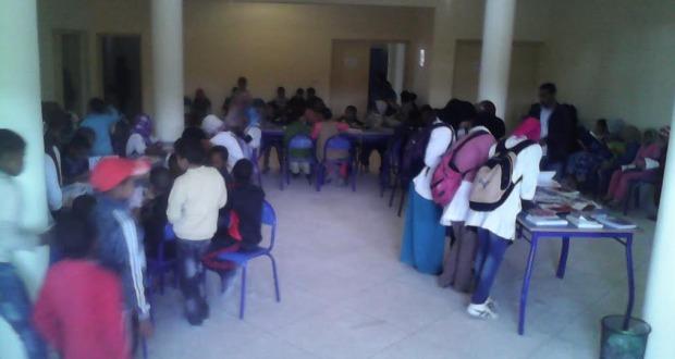 جمعية التربية و التكوين بزاكورة تنظم قافلة القراءة للجميع