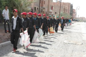 حملة نظافة لمقبرة الرحمة إكراما لمقابر أموات المسلمين