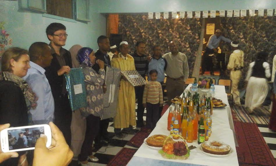 المجتمع المدني يكرم المدير السابق لدار الشباب أكدز-1