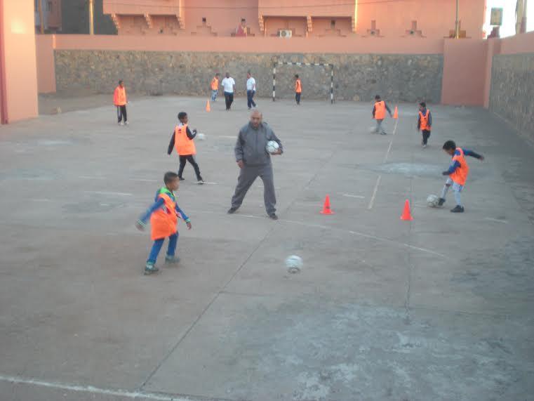 انطلاق تداريب مدرسة كرة القدم بزاكورة -3