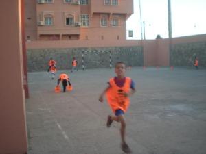 انطلاق تداريب مدرسة كرة القدم بزاكورة