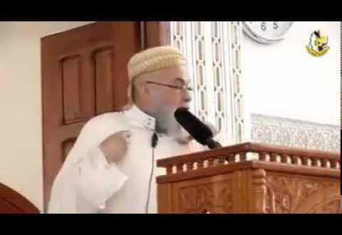 """رد خطير من فقيه مسجد على فيلم عيوش """"الزين اللي فيك"""""""