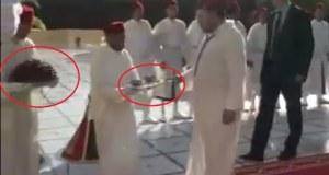 خطأ كارثي في البروتوكول استقبال الملك بالحليب والثمر في نهار رمضان
