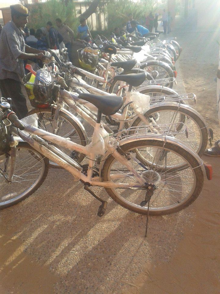 توزيع دراجات هوائية بامحاميد الغزلان
