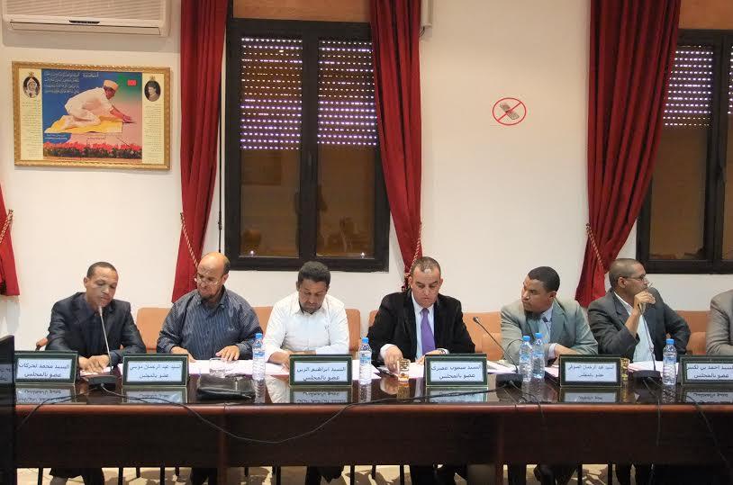 موظفي المجلس الإقليمي لزاكورة من أشبال الحسن الثاني -1