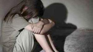 اغتصاب قاصر وافتضاض بكارتها