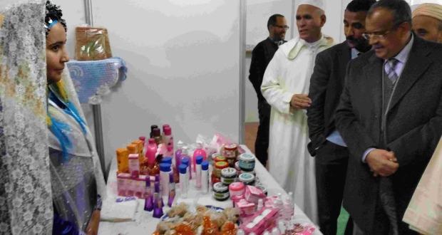 عامل إقليم زاكورة يترأس افتتاح المهرجان الدولي الرابع للحناء بتازارين-32
