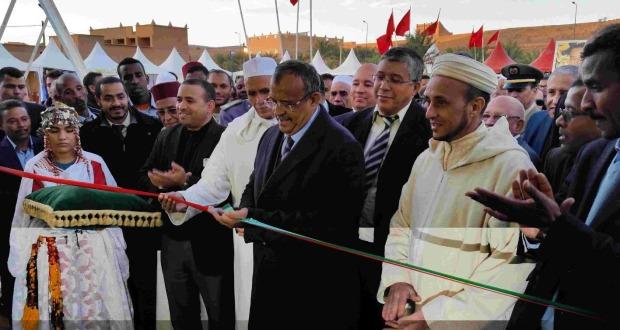 صور: عامل إقليم زاكورة يترأس افتتاح المهرجان الدولي الرابع للحناء بتازارين