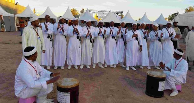 عامل إقليم زاكورة يترأس افتتاح المهرجان الدولي الرابع للحناء بتازارين-9-23