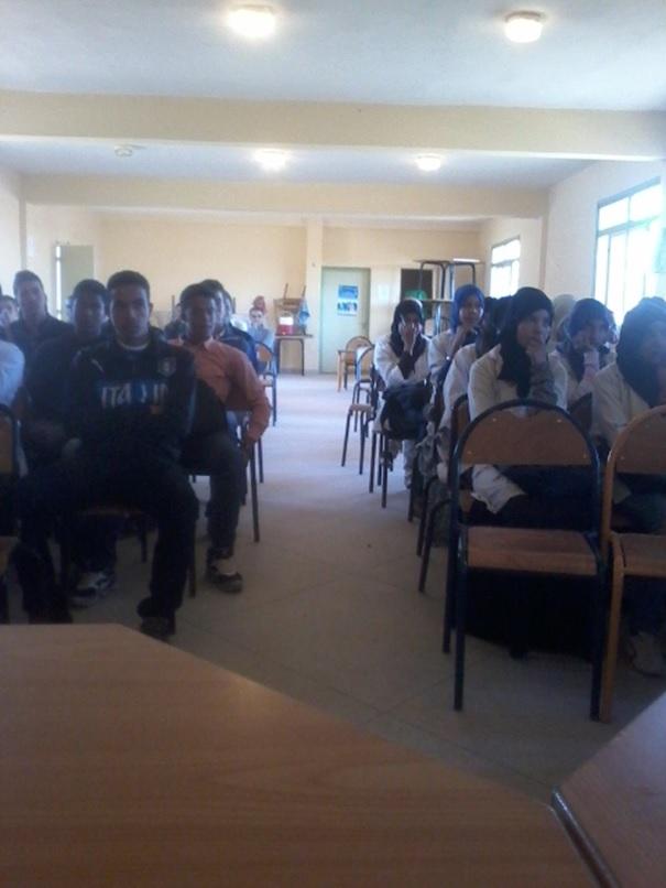 نادي حقوق الإنسان و المواطنة تانوية اولاد يحيى -3