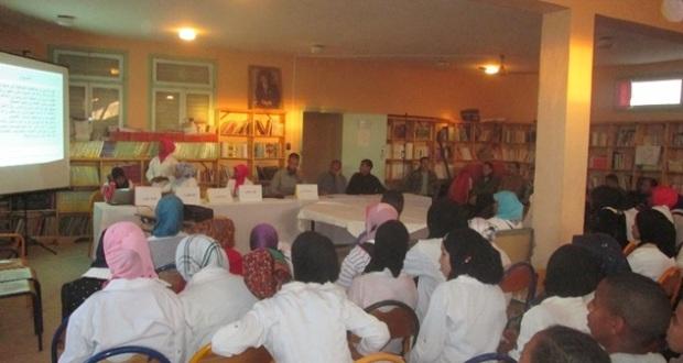 نشاط نادي الخزانة وأصدقاء الكتاب والدعم التربوي احتفاء بأسبوع المكتبة المدرسية وباليوم العالمي للغة العربية -1