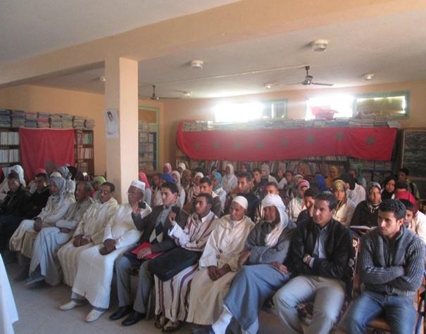 نشاط نادي الخزانة وأصدقاء الكتاب والدعم التربوي احتفاء بأسبوع المكتبة المدرسية وباليوم العالمي للغة العربية