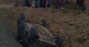 إنقلاب سيارة بتمزموط دون إصابات