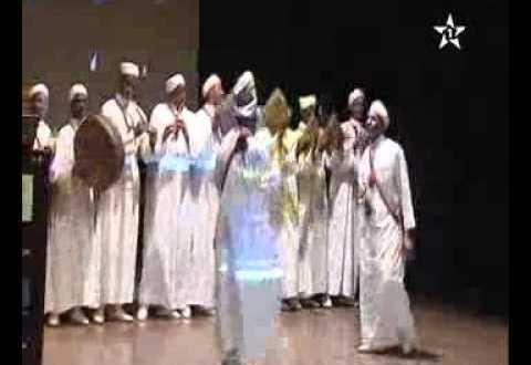 مهرجان زاكورة للفنون الغنائية يكرم العديد من الفنانين