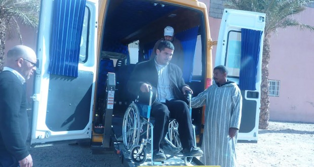 زاكورة: تسلُّم أوّل حافلة للنقل المدرسي لنقل الأَطفال ذوي الإحتياجات الخاصة