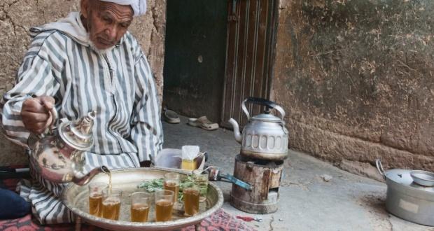 """""""أتاي"""".. شاي المغرب المقدس"""
