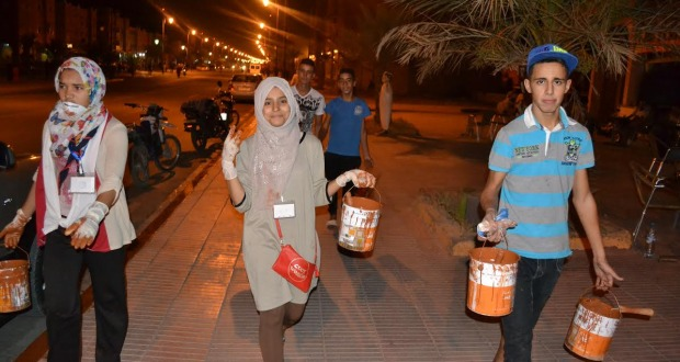 مبادرة بيئية لشباب جمعية اجيال درعة ومنظمة الكشاف الجوال تخترق شوارع مدينة زاكورة