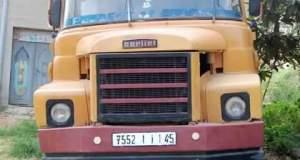 """منخرط بجمعية """"التضامن لأرباب الشاحنات لنقل مواد البناء"""" يتهم الرئيس بممارسة العنصرية وتحمله المسؤولية حالة توقف شاحنته"""