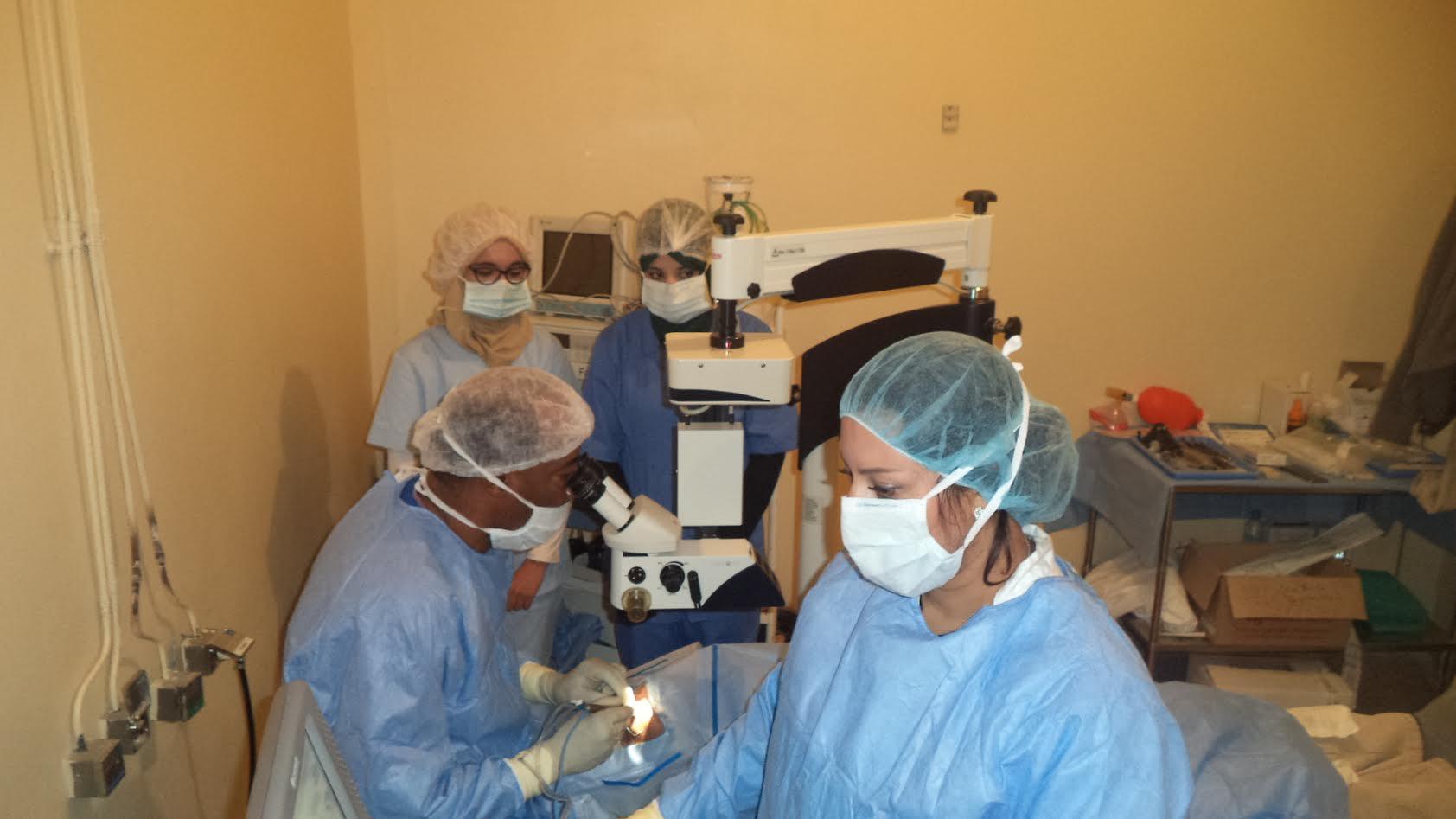 حصيلة وصور القالة الطبية لفحصص العيون وجراحة الجلالة المنظمة باقليم زاكورة-4