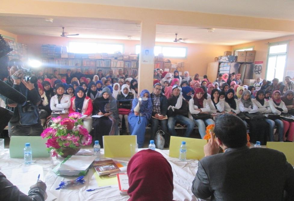 عن لقاء تواصلي حقوقي بالثانوية لفائدة المتعلمات عن ظاهرة زواج القاصرات  وعلاقته بالهدر المدرسي -4