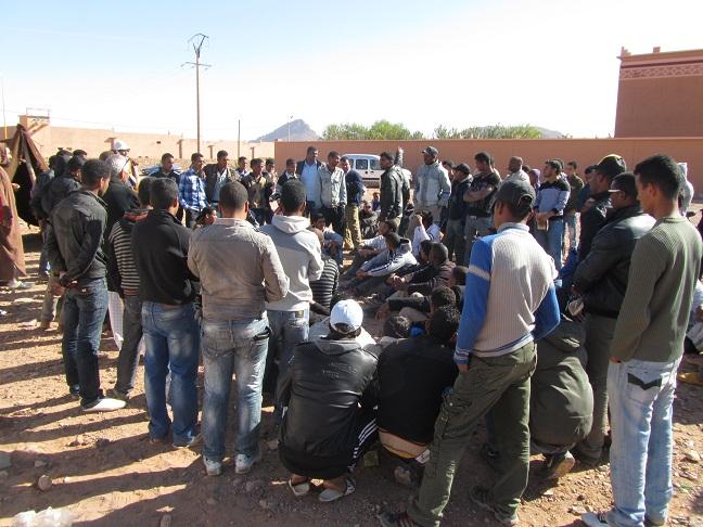 مظاهرة في تنسيطة خشاع على أرض للجموع