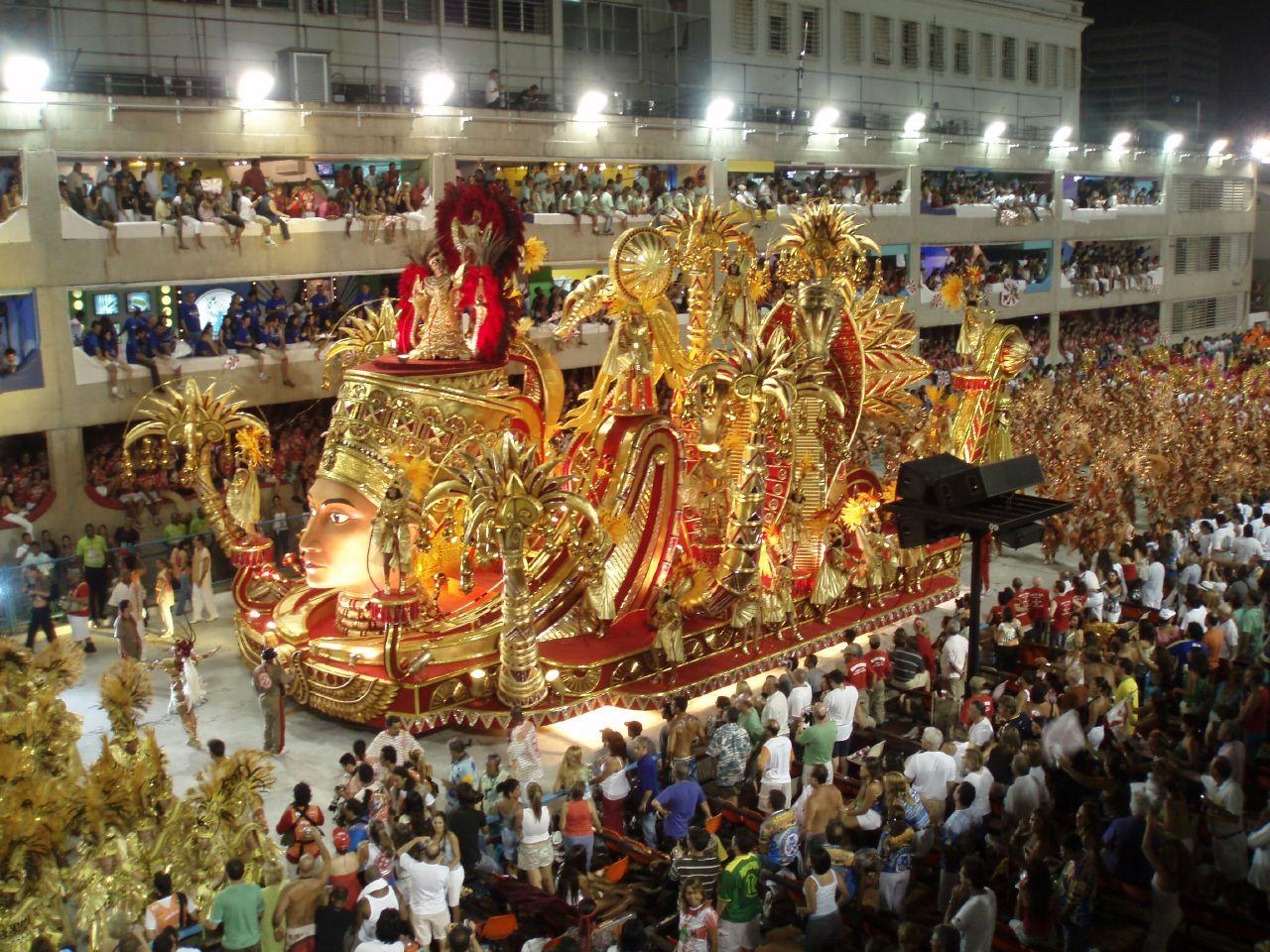 مصرع 176 شخصا في حوادث سير متفرقة بالبرازيل خلال عطلة الكرنفال