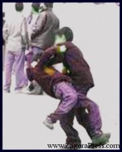 """تلميذ يضرب زميلا له في حصة الفيزياء والكيمياء """"بشاقور"""""""