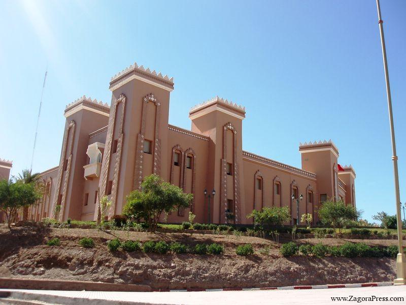 مسؤول بعمالة زاكورة يحرم معطل بامحاميد الغزلان من الحصول على رخصة