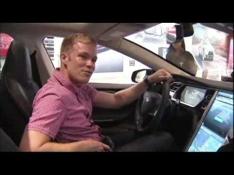 عرض سيارة ذكية بالولايات المتحدة الامريكية
