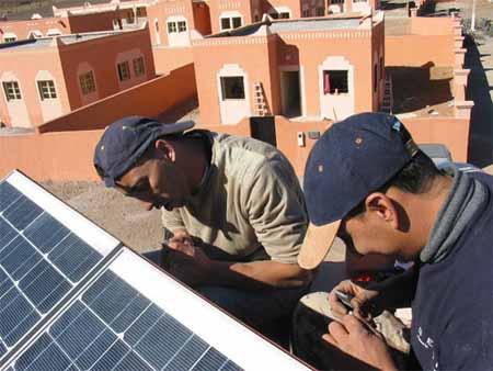 الوكالة المغربية للطاقة الشمسية تساهم في النهوض بالمجال الترابي لجماعة غسات باقليم ورزازات