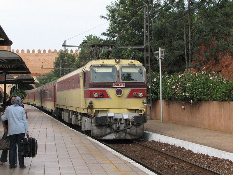وفاة سيدة بعد قفزها من قطار في حالة سير في القنيطرة