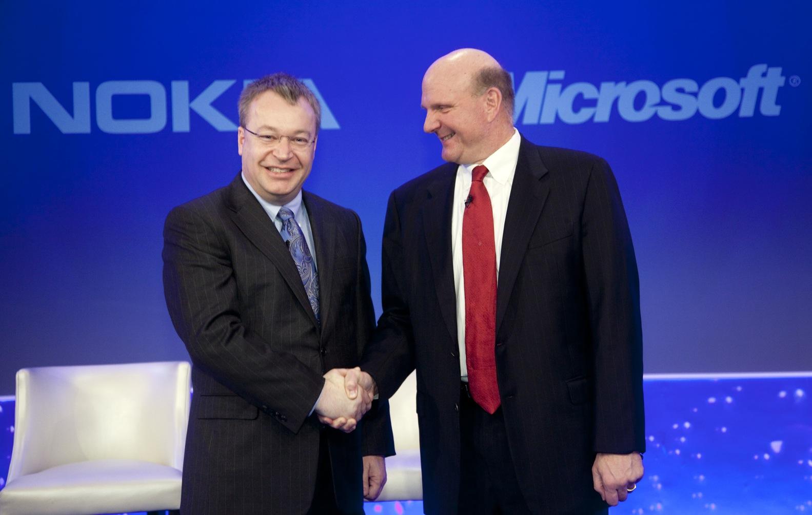 """نوكيا تبيع وحدتها الخاصة بالهواتف الجوالة لشركة """"مايكروسوفت"""""""