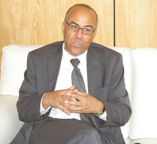 الميراوي: القاضي عياض تعد رائدة في مجال تقديم الدروس عبر الأنترنت بالمغرب وإفريقيا