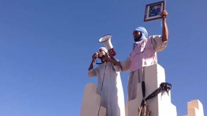 تاكونيت: رئيس الجماعة يواصل مشروع الماء الشروب مع رفض الساكنة