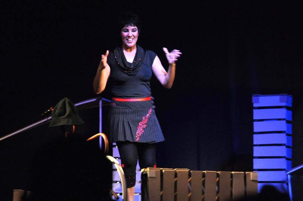 جمعية فوانيس ورزازات تفتتح موسمها الثقافي الجديد بعرض مسرحي